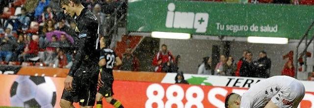 Delirio en El Molinón. (Sporting 2-1 Sevilla)